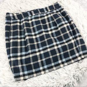 Tommy Hilfiger Blue & White Plaid Mini Skirt EUC